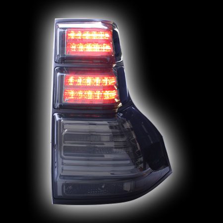 Альтернативная оптика для TOYOTA PRADO FJ150 `08-, фонари задние, светодиодные,  тонированный хром, с черной окантовкой (тюнинг оптика, цена за комплект)