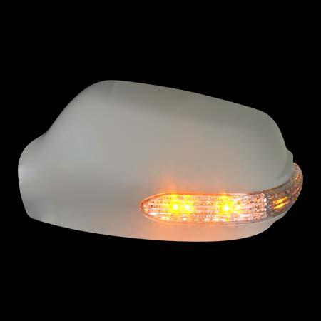 Накладки на зеркала MAZDA 3 `03-`09 сo светодиодным повторителем