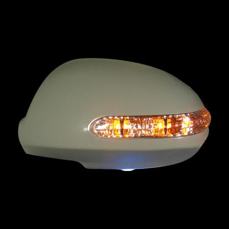 Накладки на зеркала HYUNDAI i30 `07-, со светодиодным повторителем