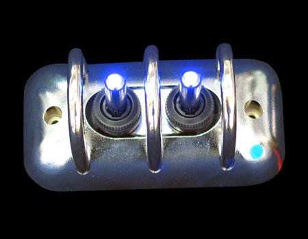 Панель с защитой 97mmx49,8mm хром 2 тумблера син. подсв.
