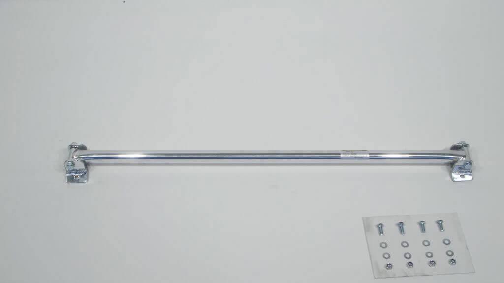 Rear strut bar aluminium Opel Calibra / Vectra A 16V / Turbo 'рехсоставнаЯ растЯжка стоек устанавливаетсЯ с помощью винтов в промежуточном положениию 'оответствующие отверстиЯ должны быть просверлены.